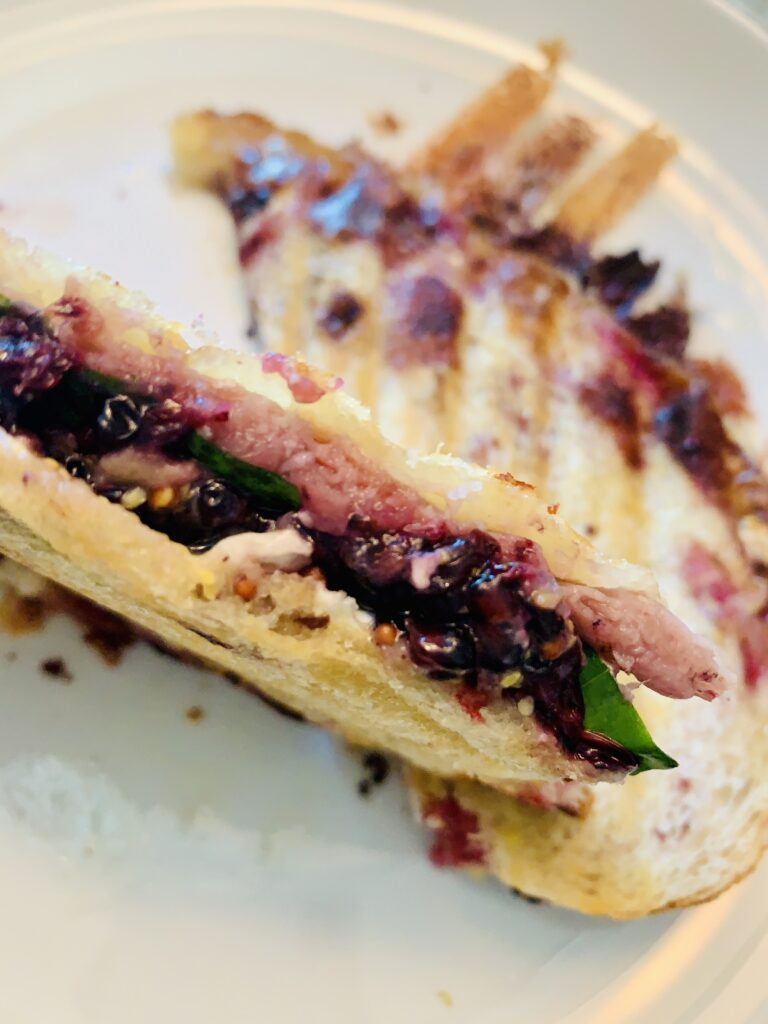 Triple B Prosciutto Panini. Blackberry, basil, brie, prosciutto panini that you want on your plate. Chocked full of ingredients that wow your taste buds! #kenzinthekitch #sproutingvitality #panini #cook