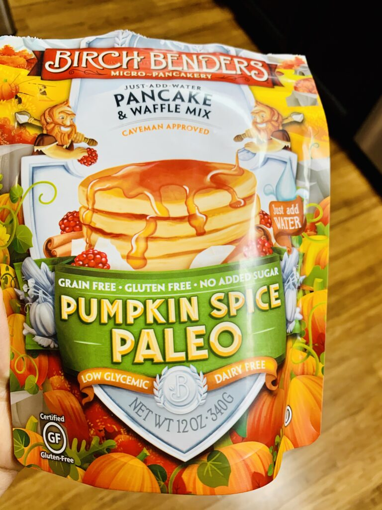 Birch Benders pumpkin spice paleo waffle mix. Absolutely delicious mix that makes delicious waffles. #kenzinthekitch #birchbenders