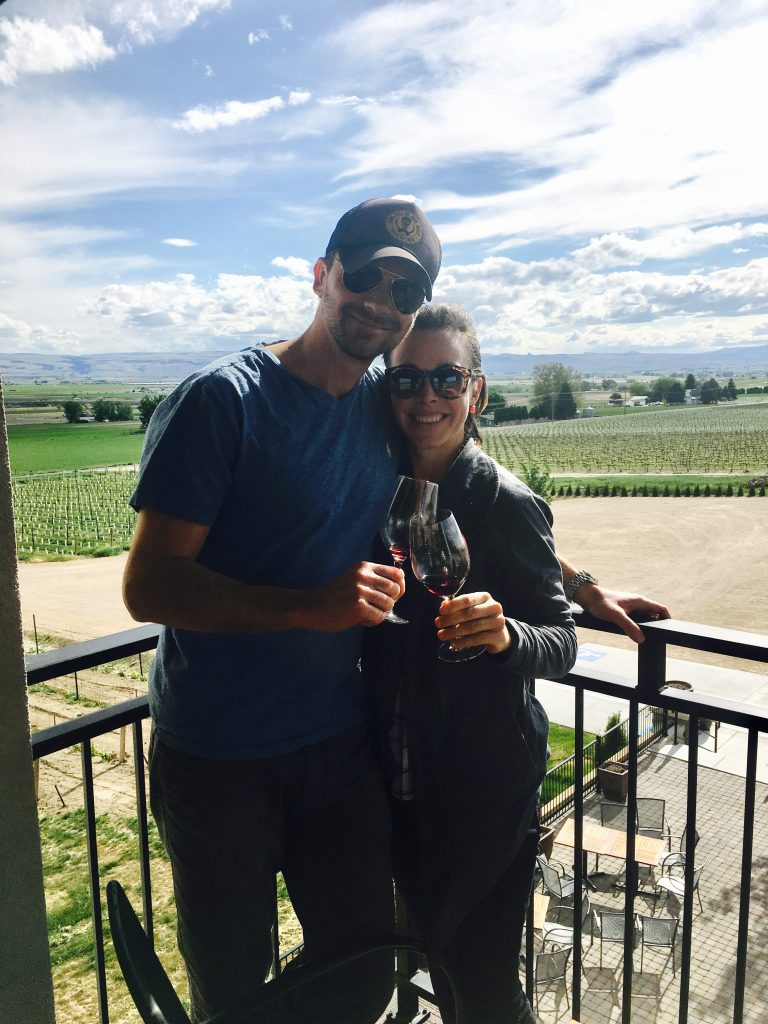 My complete guide to wine tasting in Idaho. Showcasing what the wineries look like, their wines taste like & why you should visit! Look Now! #sproutingvitality #winetasting #idaho